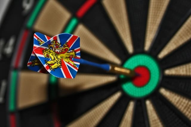 darts-target-bull-s-eye-delivering-37604